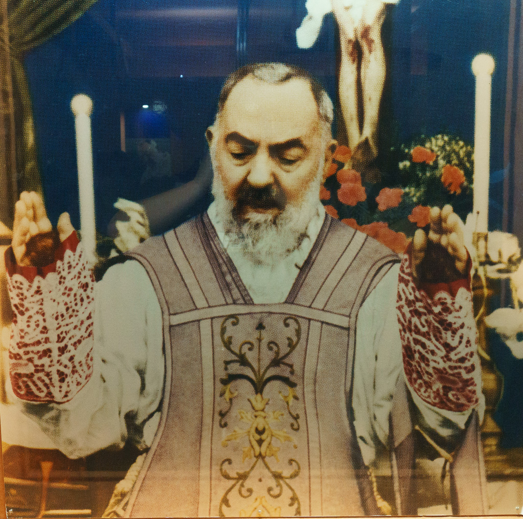 the stigmata of padre pio Early in the morning of september 20, 1918, at the age of 31, francesco forgione, known to the world as padre pio, received the stigmata of christ he was horrified, and he begged the lord to reconsider.
